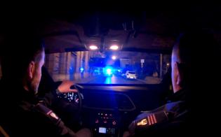 http://www.seguonews.it/caltanissetta-24enne-ai-domiciliari-viene-trovato-fuori-dallabitazione-denunciato-dalla-polizia