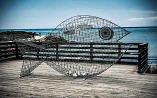 http://www.seguonews.it/raccolta-differenziata-installato-in-sicilia-un-altro-contenitore-avente-forma-di-pesce-realizzato-grazie-ad-una-ditta-di-mazzarino