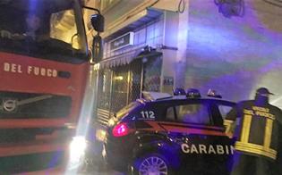 http://www.seguonews.it/caltanissetta-due-auto-a-fuoco-in-via-colajanni-intervengono-carabinieri-e-vigili-del-fuoco