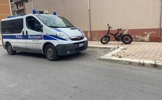 http://www.seguonews.it/gela-tragedia-in-via-recanati-13enne-muore-dopo-essere-caduto-dalla-sua-bici-era-stato-trasferito-in-ospedale