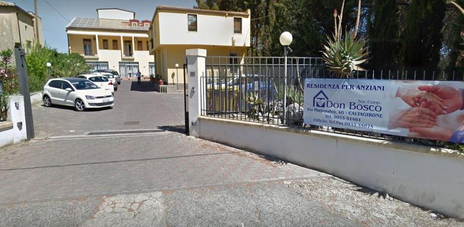 """Caltagirone, 15 morti per sospetto coronavirus nella Rsa """"Don Bosco"""": oggi le autopsie"""