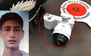 http://www.seguonews.it/butta-un-uomo-dal-balcone-per-rubargli-la-macchina-fotografica-arrestato-a-catania-un-19enne