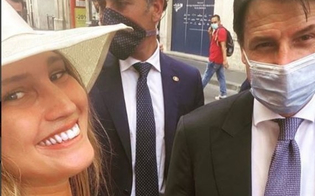 https://www.seguonews.it/studentessa-chiede-un-selfie-hot-al-premier-conte-lui-la-gela-manteniamo-le-distanze