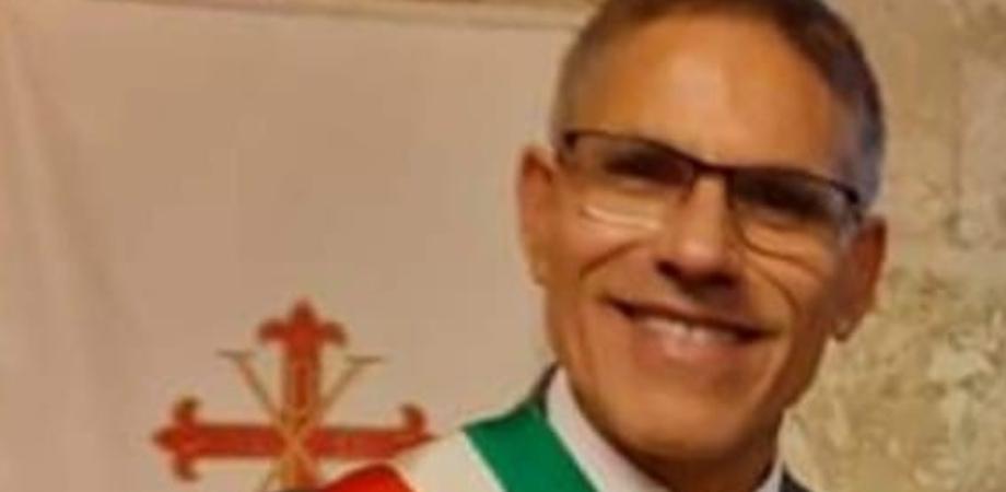 Appalti in cambio di favori a Santa Caterina: dopo l'arresto sospesi sindaco e due assessori