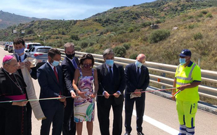 http://www.seguonews.it/dopo-5-anni-riapre-il-viadotto-imera-linaugurazione-sulla-a19-palermo-catania-assente-tutto-il-governo-musumeci