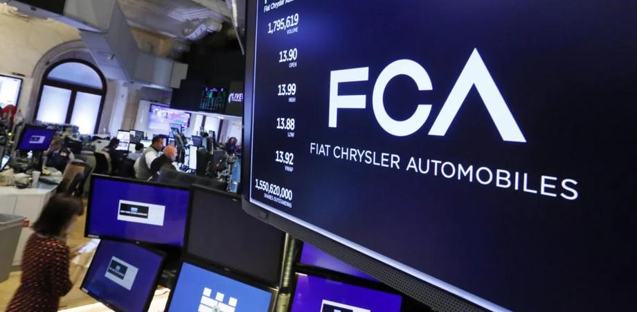 Fiat Chrysler richiama oltre 1 milione di auto in tutto il mondo: lo stemma del volante può diventare un proiettile