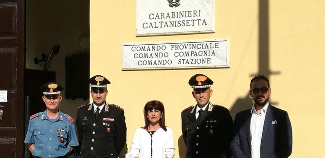 Caltanissetta, il comando provinciale dei carabinieri si trasferisce in viale Regina Margherita: visita del Prefetto