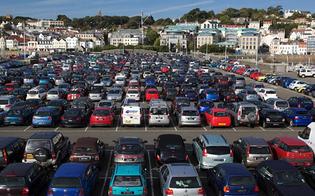 http://www.seguonews.it/nullatenente-ma-con-315-veicoli-ha-anche-percepito-il-reddito-per-lemergenza-covid-19