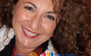 http://www.seguonews.it/passaggio-di-consegne-in-rosa-marcella-milia-nuovo-presidente-del-rotary-club-di-caltanissetta
