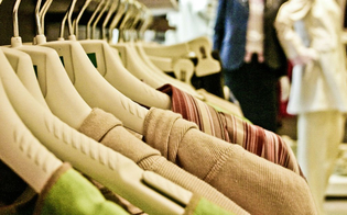 Caltanissetta, domenica 5 luglio negozi di abbigliamento aperti
