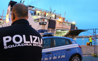 https://www.seguonews.it/tornano-a-lampedusa-dopo-lespulsione-dallitalia-arrestati-19-migranti-tunisini