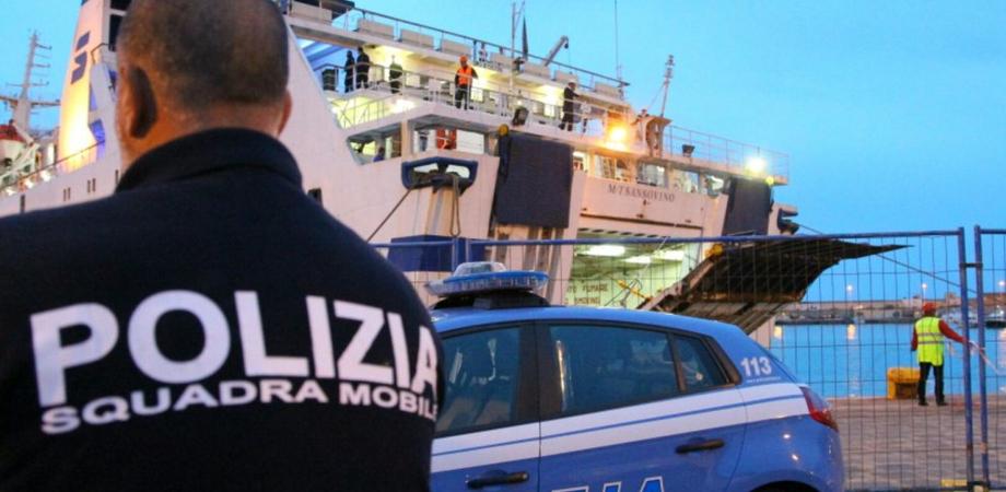 Tornano a Lampedusa dopo l'espulsione dall'Italia: arrestati 19 migranti tunisini