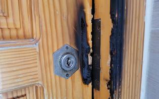 http://www.seguonews.it/gesto-intimidatorio-nei-confronti-di-telegela-incendiato-il-portone-dingresso-della-redazione