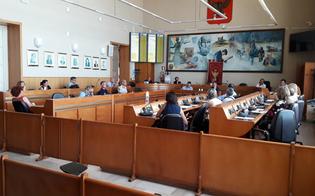 http://www.seguonews.it/gela-si-prepara-allapertura-delle-scuole-ad-agosto-partiranno-i-lavori-di-ordinaria-manutenzione