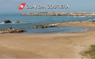 http://www.seguonews.it/gela-militare-della-guardia-costiera-fuori-servizio-salva-un-bambino-trascinato-dalla-corrente