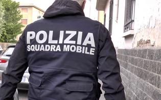 http://www.seguonews.it/gela-estorsione-alla-ditta-che-installava-le-luminarie-66enne-arrestato-in-flagranza-dalla-polizia