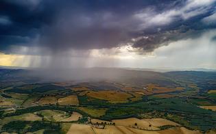 https://www.seguonews.it/meteo-continua-lestate-tira-e-molla-oggi-nuovi-temporali-in-sicilia