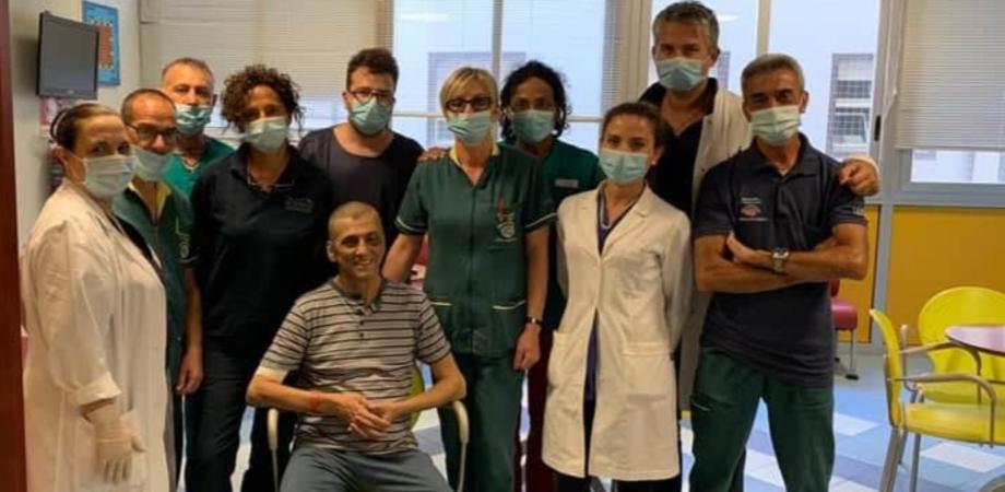 """Tony Maganuco dal Sant'Elia ringrazia il personale sanitario: """"Grazie a una squadra di professionisti ora sto bene"""""""