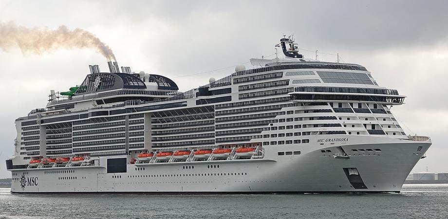 La MSC Grandiosa approda a Palermo, è la prima nave al mondo che torna a viaggiare