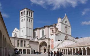 http://www.seguonews.it/focolaio-ad-assisi-18-francescani-sono-risultati-positivi-al-covid-isolati-in-unala-del-convento