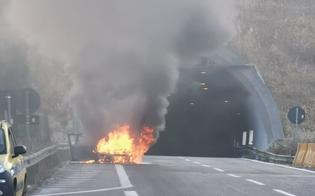 http://www.seguonews.it/auto-in-fiamme-a-tremonzelli-nuovo-misterioso-incendio-nella-galleria-maledetta