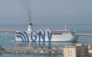 http://www.seguonews.it/a-porto-empedocle-arriva-la-nave-quarantena-ma-i-migranti-scappano