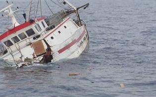 http://www.seguonews.it/affonda-peschereccio-al-largo-di-lampedusa-muore-un-marinaio-due-sopravvissuti