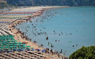 http://www.seguonews.it/divieto-di-accesso-alla-spiaggia-pubblica-dal-13-al-15-agosto-a-campofelice-di-roccella-il-sindaco-emana-lordinanza-anti-covid