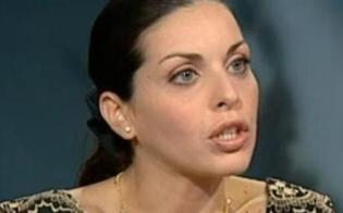 http://www.seguonews.it/la-figlia-di-toto-riina-lascia-parigi-e-chiude-il-suo-bistro-per-lucia-e-il-marito-e-la-fine-di-un-sogno