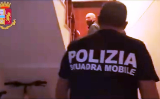 Caltanissetta, ai domiciliari con l'accusa di pedofilia manda messaggio alla sua vittima: