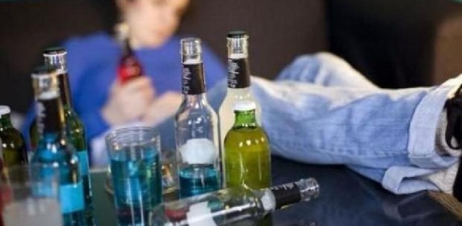 """Coronavirus, a Ragusa 34 su 56 nuovi positivi sono giovanissimi. Il sindaco: """"Ho visto ragazzi bere tutti dalla stessa bottiglia"""""""