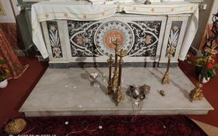 http://www.seguonews.it/profanazione-chiesa-santagata-al-collegio-mancuso-fi-atto-vergognoso-solidarieta-a-parroco-e-fedeli