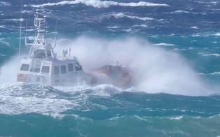 https://www.seguonews.it/milazzo-si-tuffa-per-salvare-un-15enne-trovato-questa-mattina-il-corpo-di-un-militare-della-guardia-costiera