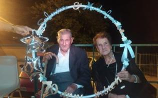 Insieme da 70 anni, Salvatore e Michela festeggiano a Caltanissetta il loro amore circondati da figli e nipoti
