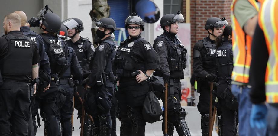 Sparatoria a Rochester, ci sono vittime. Almeno 16 persone colpite