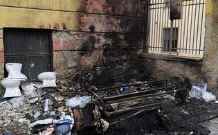 http://www.seguonews.it/caltanissetta-rifiuti-dati-alle-fiamme-in-centro-storico-danneggiato-un-edificio