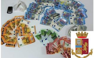 http://www.seguonews.it/caltanissetta-a-casa-con-la-cocaina-e-14200-euro-nascosti-in-una-scatola-per-scarpe-27enne-arrestato-dalla-polizia