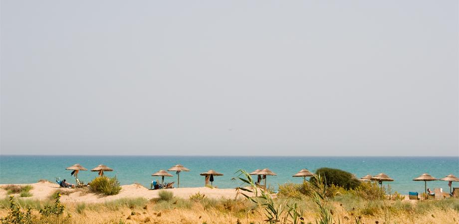 Butera, il sindaco incontra gli abitanti di Tenutella: chiesta pulizia delle spiagge e bonifica del territorio