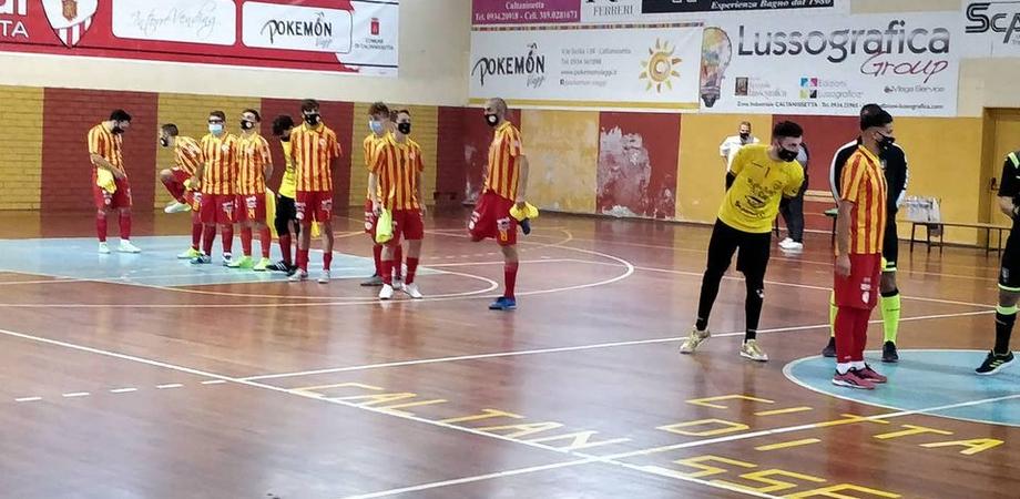 Pro Nissa Futsal, buona la prima: la squadra mette al tappeto la Pgs Luce Messina con un secco 7 a 2