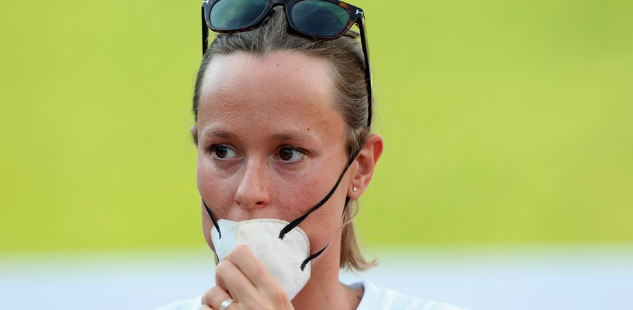 """Federica Pellegrini in lacrime: """"Sono positiva al Covid"""". Aveva accusato dolori e mal di gola"""