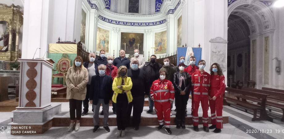 Gel, mascherine e colliri per i più bisognosi: continua a Santa Caterina il progetto del Banco Farmaceutico