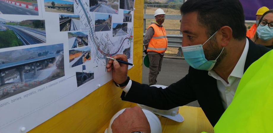 """SS 640 Agrigento-Caltanissetta, Cancelleri: """"Niente più scuse da Cmc. Lavori da consegnare entro gennaio 2021"""""""