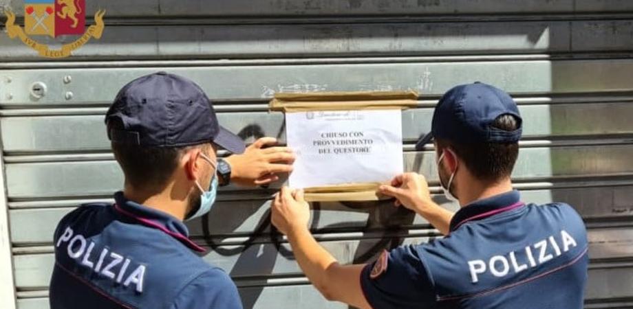 A Niscemi 14 sanzionati dalla polizia per violazione misure anti-covid: multe per i titolari di 3 bar