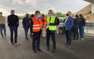 https://www.seguonews.it/autostrada-siracusa-gela-completato-un-altro-tratto-falcone-lavoriamo-per-superare-gli-intoppi-burocratici