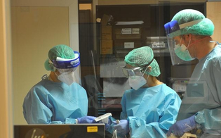 http://www.seguonews.it/coronavirus-952-positivi-in-piu-in-sicilia-e-18-morti-in-italia-i-nuovi-casi-sono-31758-riunione-urgente-del-cts
