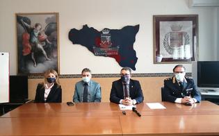 http://www.seguonews.it/il-nuovo-questore-di-caltanissetta-emanuele-ricifari-incontra-i-giornalisti-un-onore-tornare-in-sicilia-tra-la-mia-gente