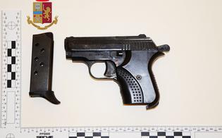https://www.seguonews.it/caltanissetta-pistola-nascosta-in-una-scatola-per-scarpe-due-arrestati-dalla-squadra-mobile