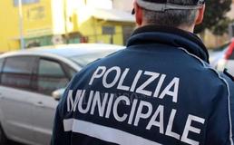 Caltanissetta, dipendente di una piadineria positivo al coronavirus: locale chiuso dalla Polizia Municipale