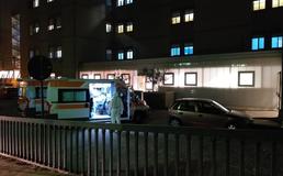 Caltanissetta, pazienti fermi in ambulanza da ore: hanno il Covid ma al Sant'Elia non ci sono posti letto