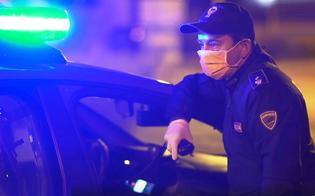 Caltanissetta, al bar con un coltello di 22 centimetri: 46enne denunciato dalla polizia